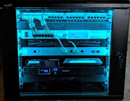 ابعاد و عمق واحد رک شبکه