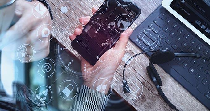 از قابلیت های پیشرفته تلفن های تجاری بهره ببرید