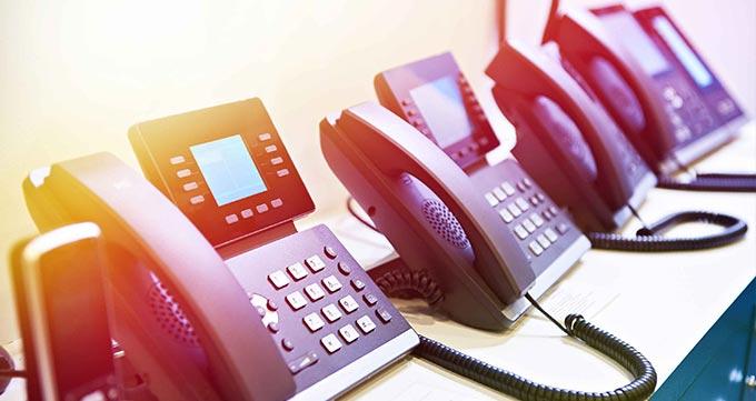 مقایسه مرکز تلفن ویپ با سیستم های تلفنی سنتی